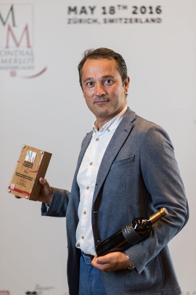 Le Merlot Réserve Chai du Baron remporte le prix du meilleur Vin suisse au concours du Mondial du Merlot 2016